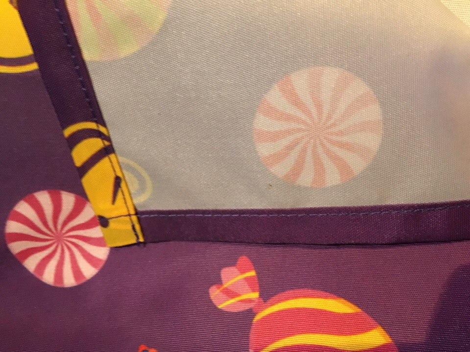 Яркая и стойкая печать на скатерти для выставок и мероприятий